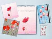 Cadeaupakket - verjaardagskalender - ansichtkaart - cadeaukaartje - agenda - klaprozen - cadeau