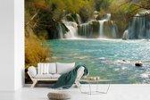 Fotobehang vinyl - Skradinski Buk-watervallen in het Nationaal Park Krka in Kroatië breedte 390 cm x hoogte 260 cm - Foto print op behang (in 7 formaten beschikbaar)