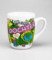 Verjaardag - Cartoon Mok - Voor de allerliefste Dochter - Gevuld met een toffeemix - In cadeauverpakking met gekleurd krullint