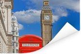 De Big Ben en een rode telefooncel in Londen Poster 90x60 cm - Foto print op Poster (wanddecoratie woonkamer / slaapkamer)