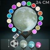 FOOCCA Maanlamp 3D - 24 CM - Tafellamp - Maan Lamp met 16 dimbare LED kleuren - Afstandsbediening - Langere Accuduur - Extra Realistisch - Sfeerlamp, nachtlamp en leeslamp