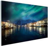 Noorderlicht boven haven in Noorwegen Glas 120x80 cm - Foto print op Glas (Plexiglas wanddecoratie)