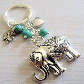 Sleutelhanger olifant in zilver, geluks klavertje uniek geschenk