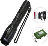 YONO Militaire Zaklamp met Batterij en Oplader – Professionele LED Zaklantaarn Oplaadbaar en Waterbestendig - Zoom Functie