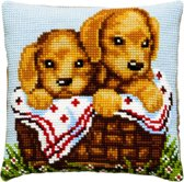 kruissteekkussen 003.103 golden retriever pups in mand