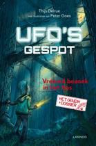 Ufo's gespot - Vreemd bezoek in het bos