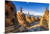 Geel gekleurde Stoepas door de zon bij de Borobudur Aluminium 90x60 cm - Foto print op Aluminium (metaal wanddecoratie)