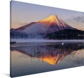 Fuji berg vanuit het meer Yamanaka in het Aziatische Japan Canvas 60x40 cm - Foto print op Canvas schilderij (Wanddecoratie woonkamer / slaapkamer)