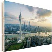 Zonnestralen boven de stad Guangzhou Vurenhout met planken 80x60 cm - Foto print op Hout (Wanddecoratie)