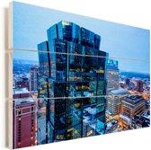Het verlichte Minneapolis tijdens de avond Vurenhout met planken 90x60 cm - Foto print op Hout (Wanddecoratie)