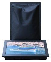 L-line by Jis Laptray, Schoottafel, Schootkussen, Laptoptafel, Dienblad met kussen Vissersbootjes – 32,5x43 cm
