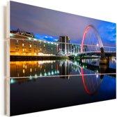 De Clyde Arc brug in Glasgow met een kleurrijke hemel Vurenhout met planken 90x60 cm - Foto print op Hout (Wanddecoratie)