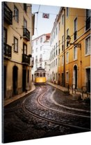 Kleine straatjes Lissabon Aluminium 60x90 cm - Foto print op Aluminium (metaal wanddecoratie)