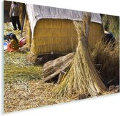 Een hut van riet op de Uroseilanden in Peru Plexiglas 90x60 cm - Foto print op Glas (Plexiglas wanddecoratie)