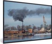 Foto in lijst - Industriële haven van Irkoetsk fotolijst zwart 60x40 cm - Poster in lijst (Wanddecoratie woonkamer / slaapkamer)