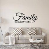 Muursticker Family Is Everything -  Groen -  160 x 66 cm  - Muursticker4Sale