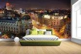 Fotobehang vinyl - Gran Via van Madrid breedte 380 cm x hoogte 265 cm - Foto print op behang (in 7 formaten beschikbaar)