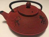 Teaclassix gietijzeren theepot Yantai rood met chinese tekens 0,8 l