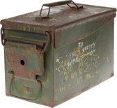 Vintage leger box