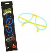 XL Glow In The Dark Sticks 6 Premium Glow Brillen   Brillen  6 Stuks   Glowsticks   Carnaval  feest  glow armbanden + bril connectors   Knicklichtjes