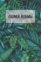 Guinea: Punktiertes Reisetagebuch Notizbuch oder Reise Notizheft Gepunktet - Reisen Journal f�r M�nner und Frauen mit Punkten