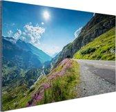 Weg naar de Sustenpass in Zwitserland Aluminium 30x20 cm - Foto print op Aluminium (metaal wanddecoratie)