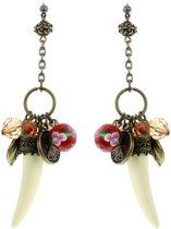 Oorbellen goud-kleur met hangers en tand