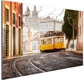 Tram in Lissabon Aluminium 120x80 cm - Foto print op Aluminium (metaal wanddecoratie)