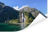 Watervallen bij Nationaal park Fiordland in Nieuw-Zeeland Poster 90x60 cm - Foto print op Poster (wanddecoratie woonkamer / slaapkamer)