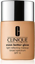 Clinique Even Better Glow Foundation - CN52 Neutral