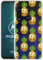 Motorola Moto G8 Plus Hoesje Happy Ananas