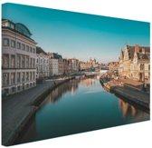 Stad in Europa Canvas 80x60 cm - Foto print op Canvas schilderij (Wanddecoratie)