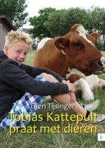 Tobias Kattepult praat met dieren