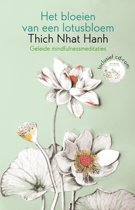 Het bloeien van een lotusbloem