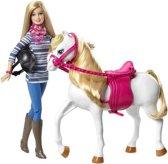 Barbie met haar geliefde Paard