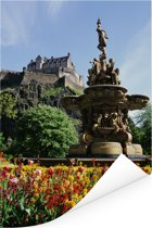 De tuin van het Kasteel van Edinburgh in Schotland Poster 120x180 cm - Foto print op Poster (wanddecoratie woonkamer / slaapkamer) XXL / Groot formaat!