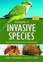 Encyclopedia of Invasive Species [2 volumes]