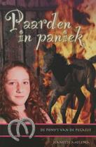 De pony's van de Pegasus 2 - Paarden in paniek