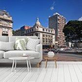 Fotobehang vinyl - Uruguayaanse gebouwen in Montevideo breedte 360 cm x hoogte 270 cm - Foto print op behang (in 7 formaten beschikbaar)
