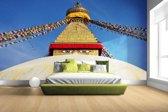 Fotobehang vinyl - Stoepa in Kathmandu Nepal breedte 380 cm x hoogte 265 cm - Foto print op behang (in 7 formaten beschikbaar)