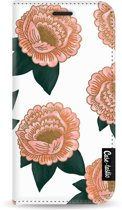 Casetastic Wallet Case White Apple iPhone 5 / 5s / SE - Winterly Flowers