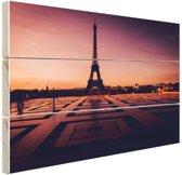 FotoCadeau.nl - Eiffeltoren bij zonsondergang Parijs Hout 30x20 cm - Foto print op Hout (Wanddecoratie)