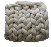 WIT Wollen deken - woondeken - plaid handgemaakt van XXL merino wol  100 x 150 cm - in 44 kleuren verkrijgbaar