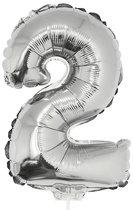Zilveren opblaas cijfer ballon 2 op stokje 41 cm