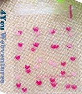 50x Transparante Uitdeelzakjes Hartjes Design 10 x 10 cm met plakstrip - Cellofaan Plastic Traktatie Kado Zakjes - Snoepzakjes - Koekzakjes - Koekje - Cookie Bags Hearts - Love