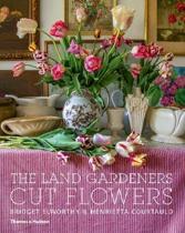 Land gardeners: cut flowers