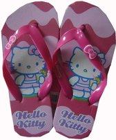 Roze teenslippers van Hello Kitty maat 31/32