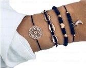 Nr. 4 -  Zwarte armband 4-delig - armband met half maantje - armband met halve maan - kralenarmband met hartje - armband met schelpjes - armband met figuren - © Tibri (C)