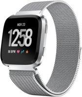Horlogeband - Zilverkleurig - voor Fitbit Versa - Magneetsluiting - Milanees - RVS - Smartwatch