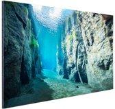 Rotsen onder water Aluminium 90x60 cm - Foto print op Aluminium (metaal wanddecoratie)